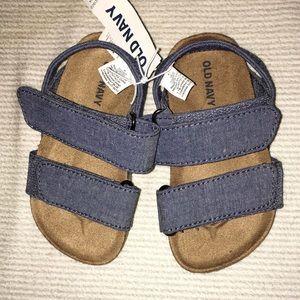 Unisex Old Navy Velcro Sandals